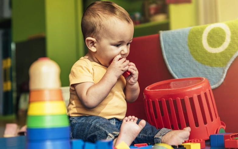ребенок проглотил игрушку