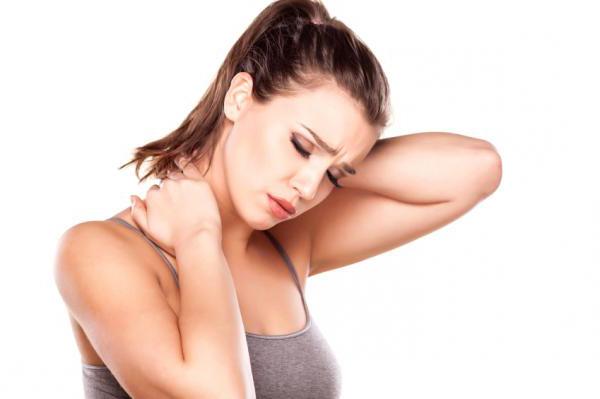 Причины и лечение боли в шее с правой стороны - Боль в шее с правой стороны