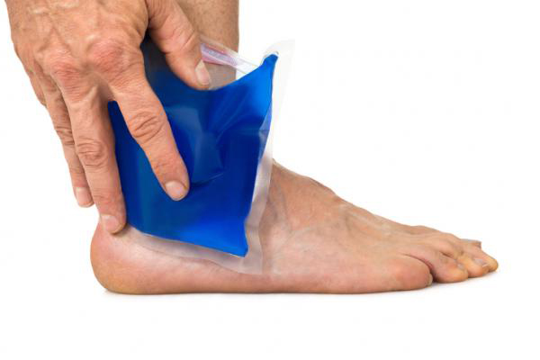 Причины и симптомы растяжения связок