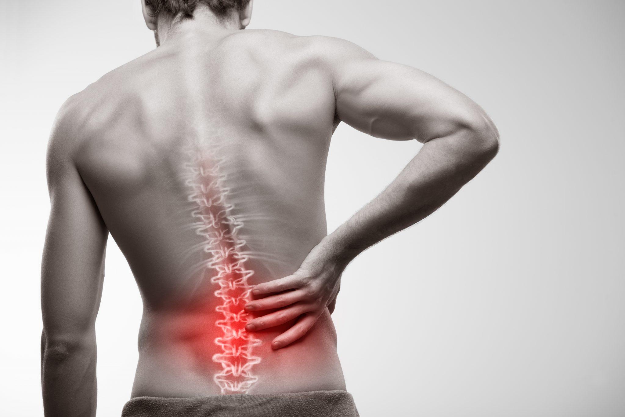 Спина болит так, что ты даже не можете уснуть? 5 советов, как бороться с болями